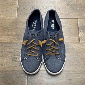 Sperry Top-Sider Sneakers.